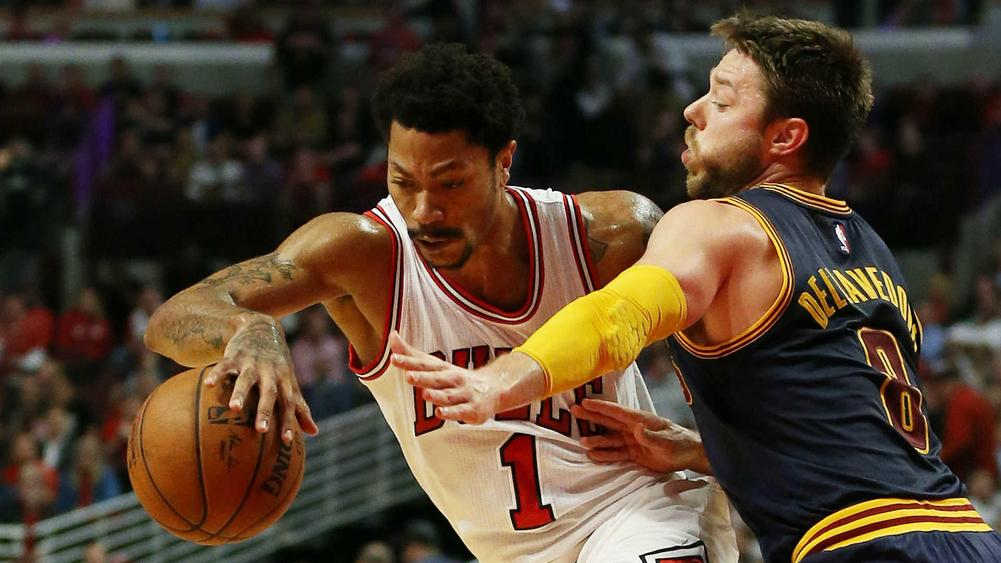 Derrick Rose Could Wear Mask For Rest Of NBA Career e311aac6b
