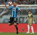 Barcelona Agree Option With Gremio to Sign Arthur