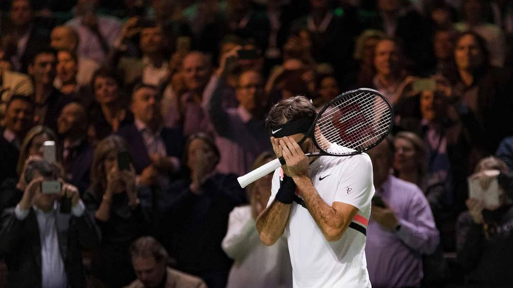Federer Moves A Step Closer In Rotterdam