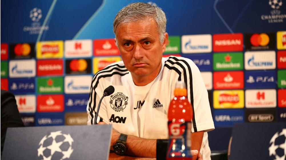 Giggs warns Manchester United against Mourinho sacking