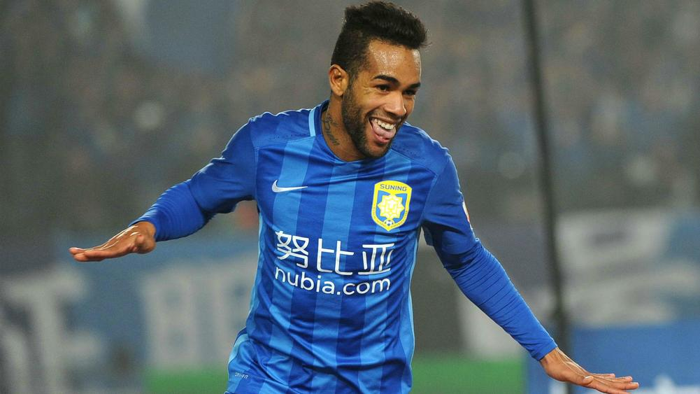 alex teixeira - cropped