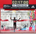 Kenya's Keitany wins London Marathon in record time