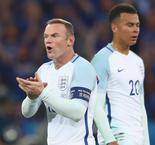 Rashford reveals inspiring Rooney speech after England's shock Iceland defeat