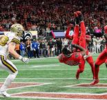 NFL - Brees intercepté et les Falcons jubilent (VF)