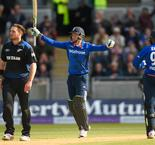 Records tumble as brutal England batter Black Caps