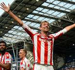 Crouch rescues point after Hegazi howler