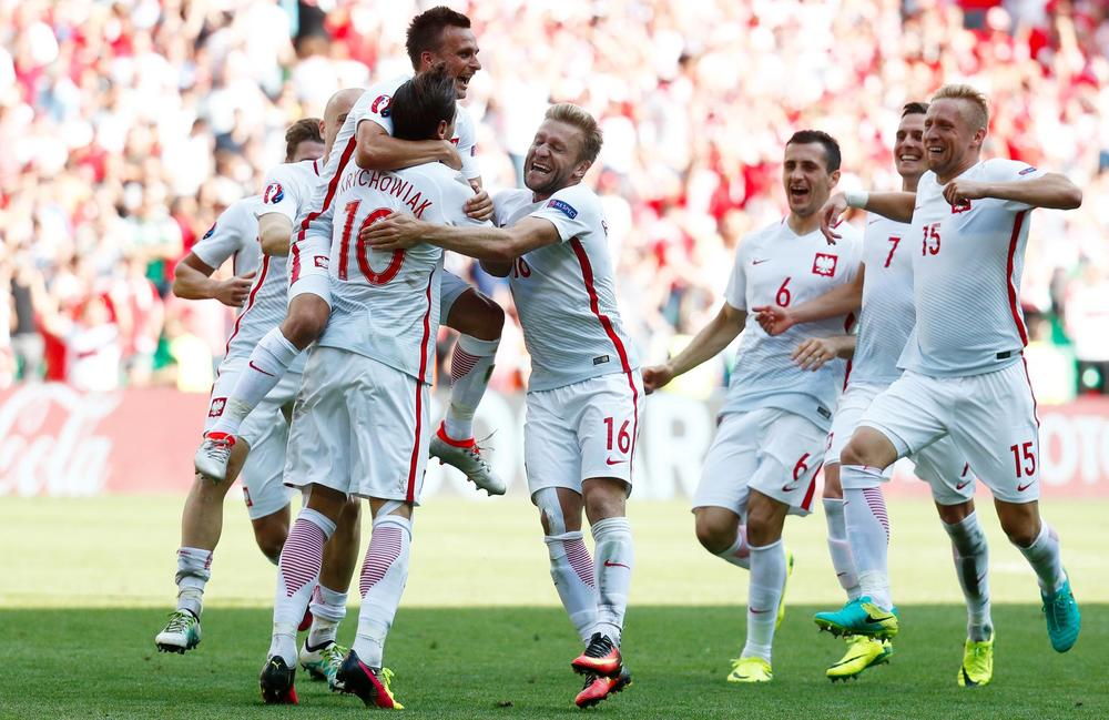 Euro 2016: Poland to face Portugal in quarter-finals, Wales also qualify