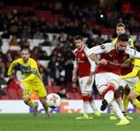 Wenger unfazed by empty Emirates
