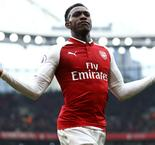 Welbeck tested in makeshift left-back role for Arsenal