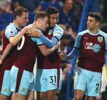Chelsea 2 Burnley 2: Kante injured as Sarri's men waste chance to go third