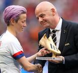 Rapinoe Tells FIFA President Infantino She Wants Action On Equal Pay