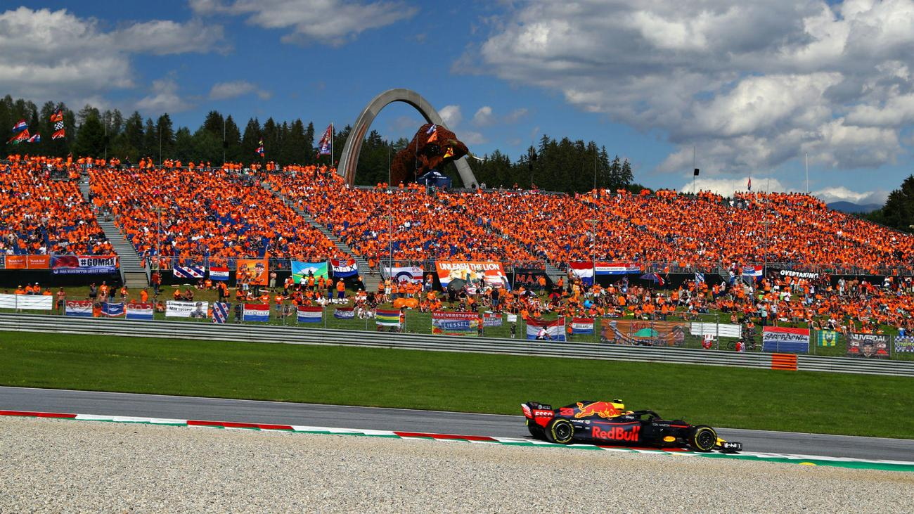 max-verstappen-orange-fans-a1ring