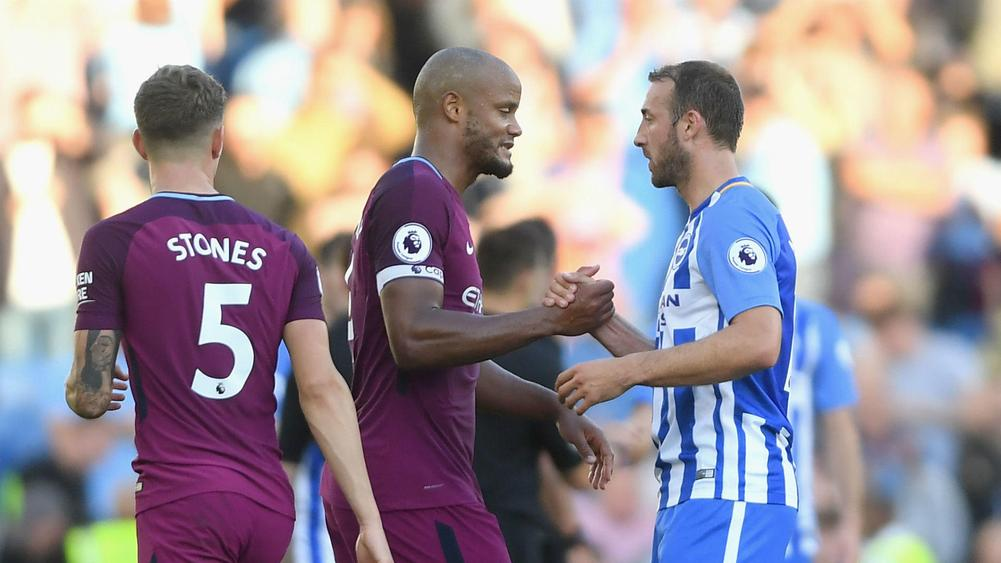 Manchester City beat new boys Brighton in opener