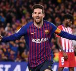 Barcelona strikes late to all but secure title