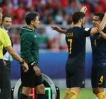 Cahill sticks by under-fire Postecoglou