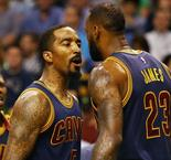Smith says Cavs can't make LeBron play 'hero ball'