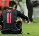Keown slams Ozil as not worthy of Arsenal shirt
