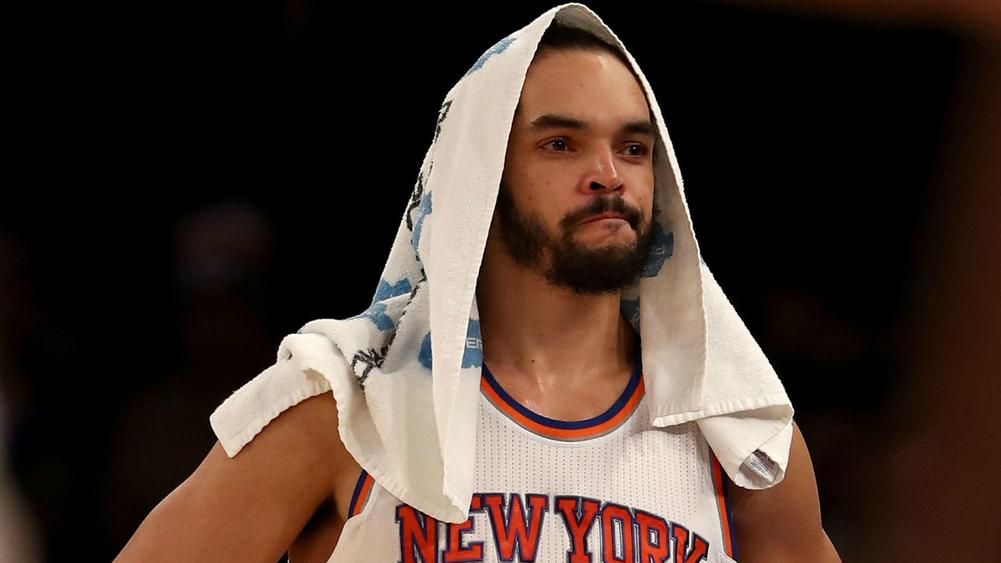 NBA Knicks center Noah undergoes right shoulder surgery