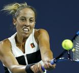 Keys too good for Wozniacki in Charleston final