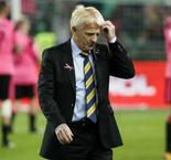 Strachan leaves Scotland post after missing out on World Cup