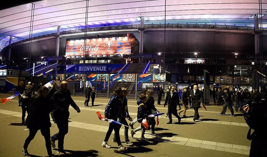 Suicide bombers tried to enter Stade de France