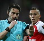 VAR goes comically wrong in Mainz win