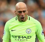 Chelsea signs former City keeper Caballero