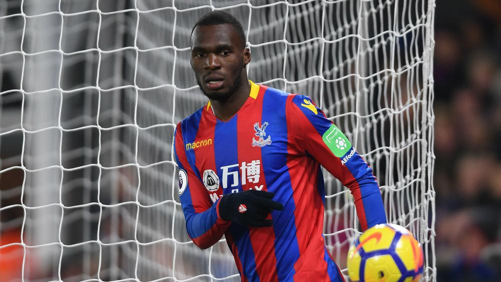 Crystal Palace leave it late to see off Stoke
