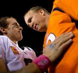 Manning congratulates Brees after losing record to Saints QB